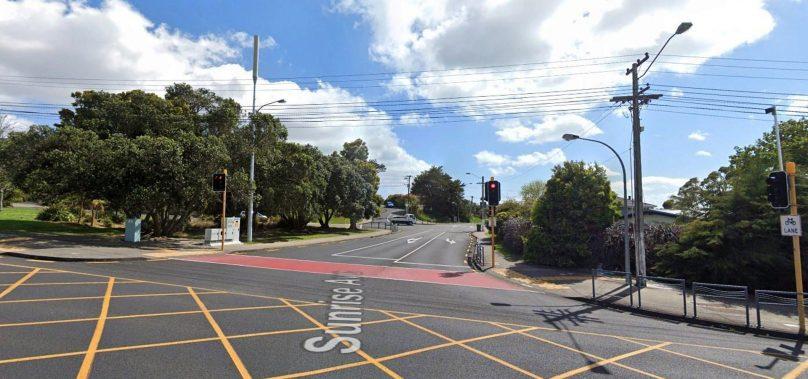 Police respond to suspicious item found in North Shore, Auckland