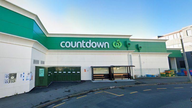 Stabbing at Dunedin Supermarket leads to four injured, one arrest