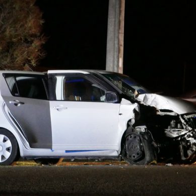 Car crashes into Power Pole on Rangiuru Road near Ōtaki Beach – video